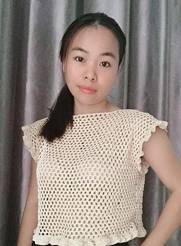 móc áo croptop caro